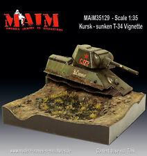 MAiM 1/35 Kursk Destroyed T-34 Vignette with Base (T-34 Tank+Diorama Base)