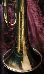 VINTAGE CONN TRUMPET, 22 B VICTOR, EARLY MODEL;  400###, 52-1953