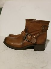 Earth Shoe Redwood Studded Ankle Boot Women size 9.5
