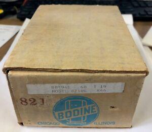 Bodine Electric Model 821UE 115VAC Gear Motor Cap Start 275 RPM 8.5W KCI-23B2A1
