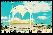 1964-65 Johnson's Wax Pavilion New York World's Fair exposition postcard