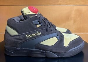 Reebok Court Victory Pump Rudy Size 10 Rudolph The Red Nosed Reindeer 2008 X-Mas