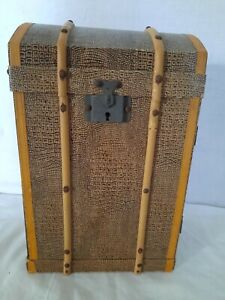 Antique Travel trunk for dolls clothes