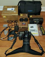 +Nice NIKON D300 Professional Digital Camera W/ Nikkor DX VR 18-200mm + EXTRAS
