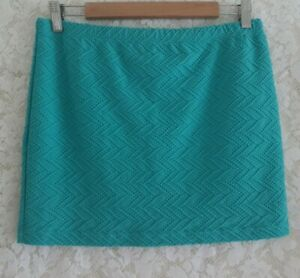 Ladies size 12 Stretch Green Short Skirt BILLABONG