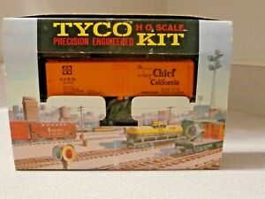 1962 TYCO HO Scale Precision Engineered Kit Chief California Refrigerator Car