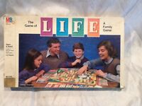 Collectible Vintage 1985 The Game of Life Board Game Milton Bradley