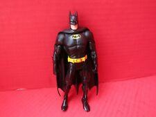 DC UNIVERSE CLASSICS Batman ACTION FIGURE Black Yellow Utility Belt