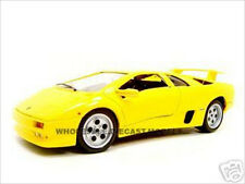 LAMBORGHINI DIABLO YELLOW 1:18 DIECAST MODEL CAR BY BBURAGO 12042
