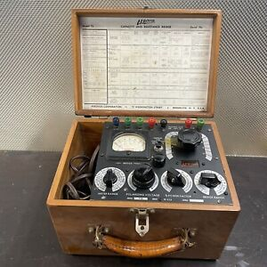 Vintage Aerovox Wireless Capacitance and Resistance Bridge Analyzer Model 75
