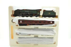 """HORNBY  R.2176M """" THE LAKES EXPRESS """" DUTCHESS TRAIN PACK"""