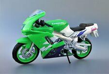 KAWASAKI NINJA ZX-9R Motorcycle - 1/18 MAISTO