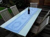 Tischläufer Leinen Jacquard 45x195 cm hellblau mit Medaillonmotiv und Hohlsaum