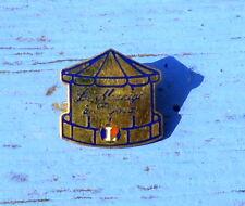 Pin's Le manège à bijoux E. Leclerc, fin des années 1980-début des années 1990