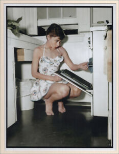 Audrey Hepburn Cooking at home, 1958. Bob Willoughby. Photoprint BàT  #CKDB