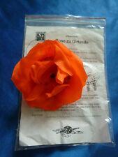 Eine Rose verwandelt sich in eine Girlande.  von Magic Center Harri - NEU