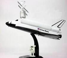 Coffret Maquette de la Navette Spatiale avec Télescope Hubble