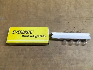 New Everbrite Light Bulb Lamp 1893 - 7 bulbs
