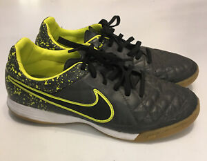 Nike Tempo Shoes Size 8