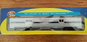 Athearn Ho Scale Amtrak Phase 4 Baggage Car