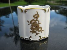 JLMENAU  SIGNED MADE IN  GERMANY  GOLDEN FLOWER PATTERN CIGARETTE HOLDER