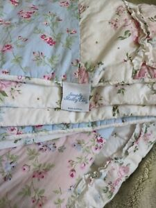 Simply Shabby Chic  Ditsy Floral Patchwork Quilt    Twin Darling