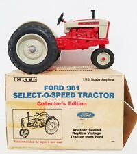 Vintage 1987 Ertl Ford  Tractor 981 Select-O-Speed Tractor Diecast in Box 1:16