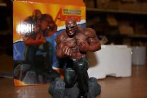 Power-Man New Avengers Statue 2007 Diamond Select