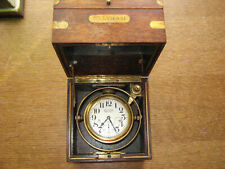 ANTIQUE WALTHAM MARINE CHRONOMETER , in working state, from early 20th century.
