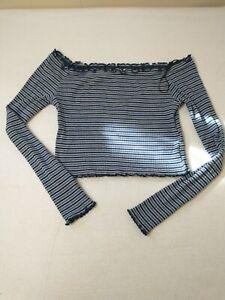 H&M Divided Women's Top Size Medium Cropped Black Blue White Long Sleeve Shirt