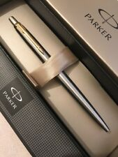 PARKER JOTTER FLIGHTER GOLD TRIM BALLPOINT PEN-UK-GIFT BOX-NEW OLD STOCK