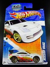 Hot Wheels Nissan 350Z Nightburnerz 2011 white / gold