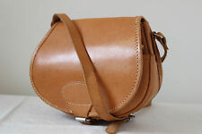 Vintage small tan brown leather saddle shoulder bag satchel country shooting