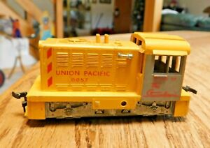 HO Scale Athearn Union Pacific 0057 Hustler Switcher Rubberband Drive NICE.