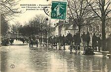 Passerelle sur l'Avenue de la Gare Pendant la Crue, Montargis, France 1910