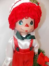"""Precious Moments Raggedy Andy Holiday 13"""" Doll New Bow Wreath New"""