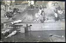 India ~ 1900's Burial ~ Dead Bodies Into River ~ Funeral ~ Real Photo Pc Rppc
