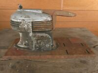 Vintage Art Deco Air Compressor Collect Texaco Motor Oil MW 1940's ? Not working