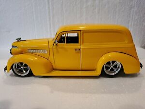 jada toys 1/24. 1930 Chevrolet Delivery Panel truck