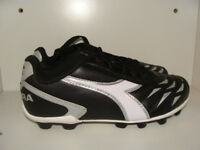 YOUTH KIDS DIADORA CAPITANO MD JR SOCCER CLEATS SIZE 2.5 NWB
