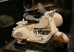 Ottima Vespa piaggio 150 c/sidecar 1:6 moto scala new ray confezione sciupata