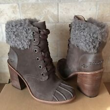 UGG JAXON MYSTERIOUS SUEDE FUR CUFF LACE UP HEEL ANKLE BOOT BOOTIES SIZE 8 WOMEN