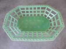ancienne corbeille, panière à pain vintage en plastique vert octogonale