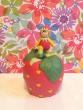 Vintage Avon Heart's Delights Strawberry Bell baby elf Pixie Figurine shortcake
