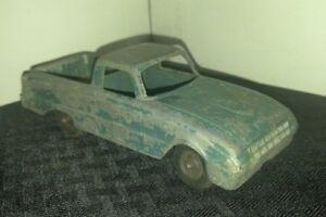 "Vintage HUBLEY #403 Green 5.75"" Ford Ranchero Tow Truck VG 4.0 Die Cast Metal"