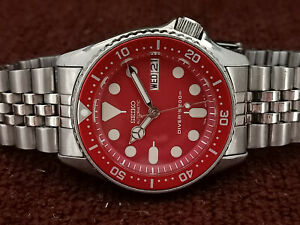 LOVELY RED MODDED SEIKO 7S26-0030 SKX013 AUTOMATIC MENS WATCH SN 2D0244