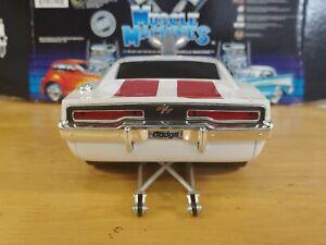 MUSCLE MACHINES 1970 Hemi Dodge Charger R/T SLAMMED Custom DRAG CAR 1/18 1:18