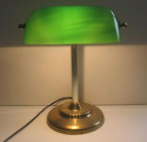 Green / Grün Glass Bankers Schreibtischlampe mit Schalter Steckvorrichtung