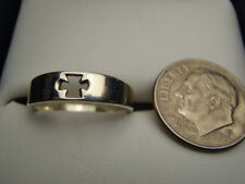 Size 8 Sterling Silver Cut Out Cross 5mm wide Ring 2.1 Gram Lot 2140