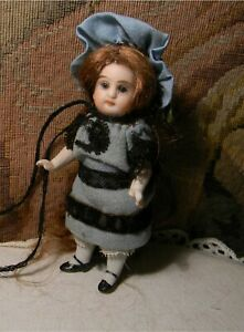 MIGNONETTE SWIVEL NECK ALL BISQUE FOR FRENCH TRADE, GLASS EYES
